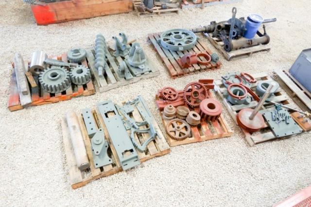 150 parts pile